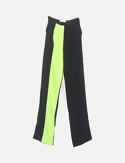 Pantalón fluido negro banda flúor
