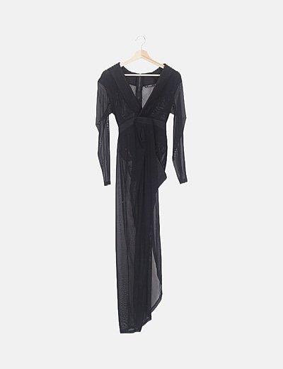 Vestido negro semitransparente combinado