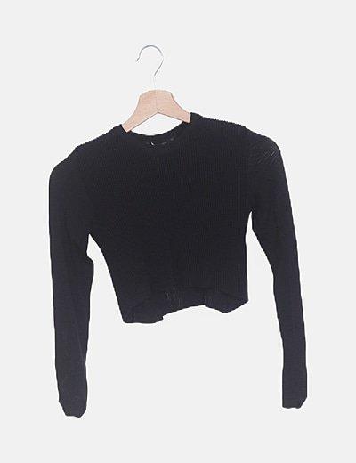 Suéter punto negro canalé