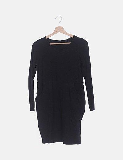 Vestido negro bolsillos laterales
