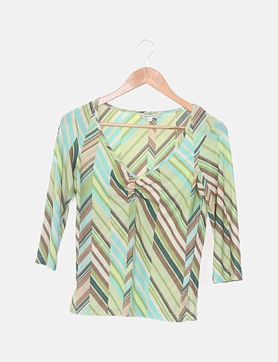 Blusa verde de rayas combinadas