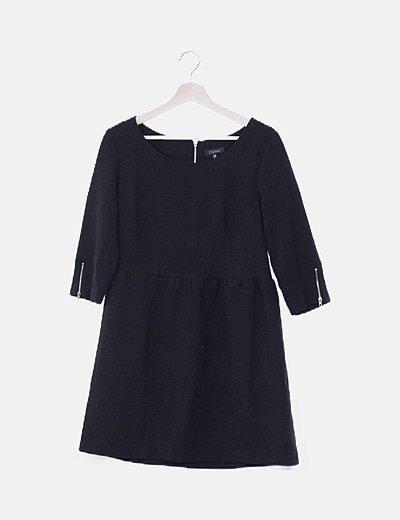 Vestido negro detalle esapalda