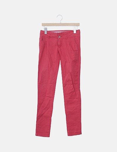 Pantalón chino rojo basic