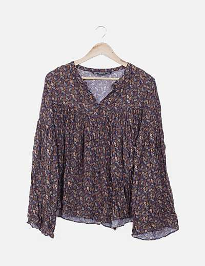 Blusa marrón estampada