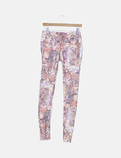 Jeans denim estampado floral