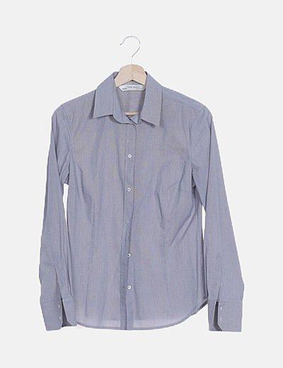 Camisa gris rayas
