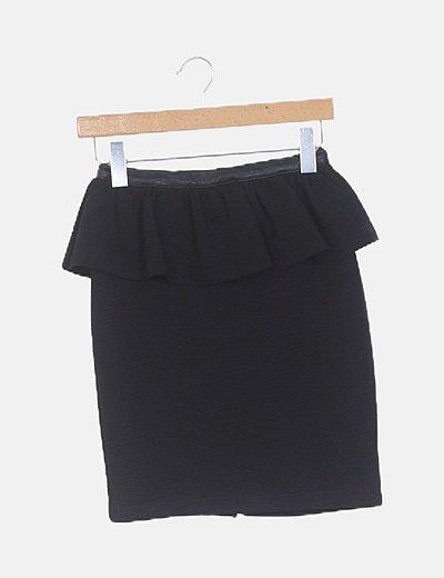 Falda peplum negra texturizada