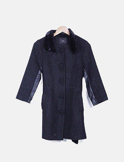 Abrigo rizo negro detalles encerados