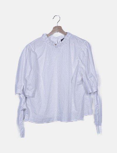 Blusa blanca manga francesa guipur