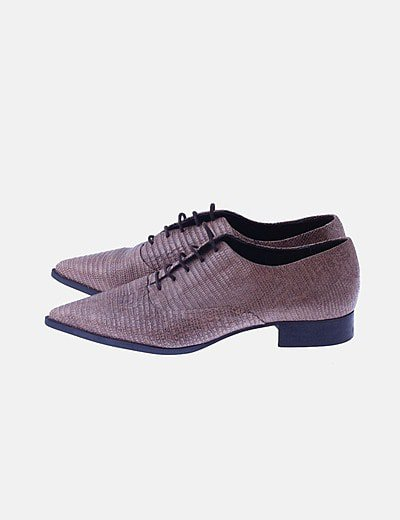 Zapato de punta animal print