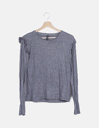 Jersey gris detalles plisados