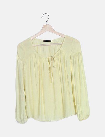 Blusa amarilla lace up