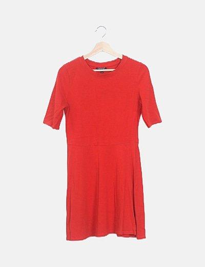Vestido rojo con vuelo