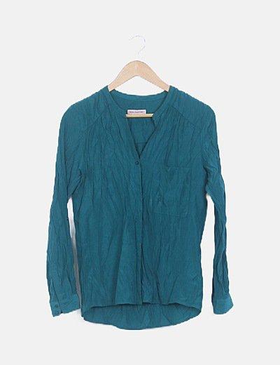 Camisa verde manga larga bolsillos