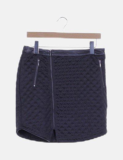 Falda mini negra texturizada detalle cremallera