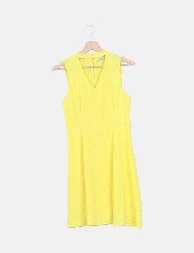 Vestido amarillo cuello choker