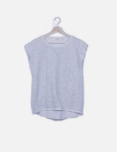 Camiseta gris hombro strass