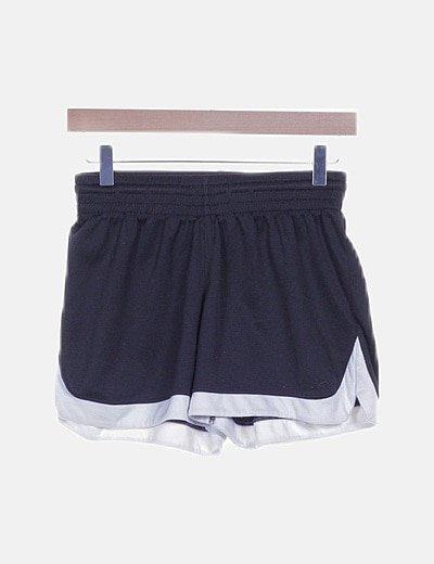 Short deportivo bicolor