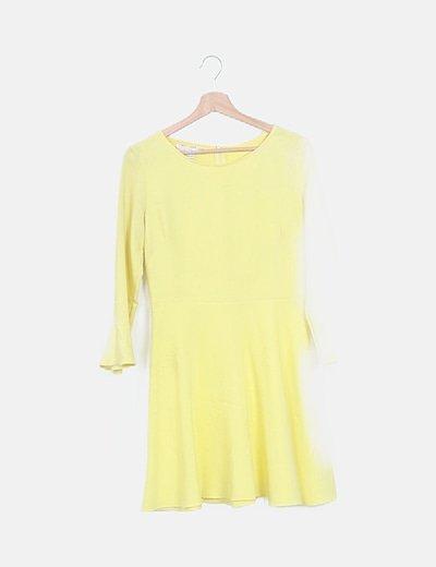 Vestido amarillo midi manga campana