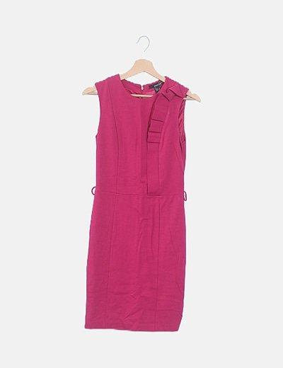 Vestido rosa fucsia detalle vuelo