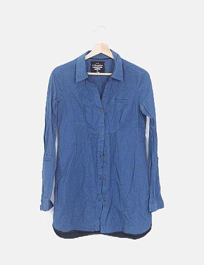 Camisa azul de cuadros