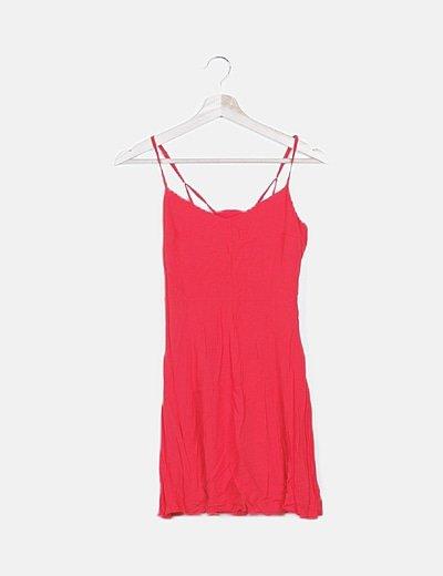 Vestido fluido rojo detalle espalda
