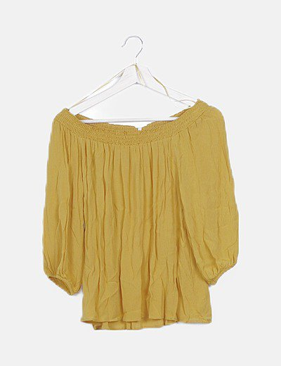Blusa bardot amarilla