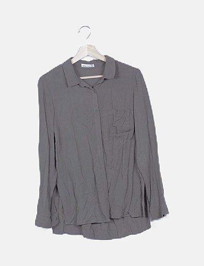 Camisa fluida verde detalle bolsillo