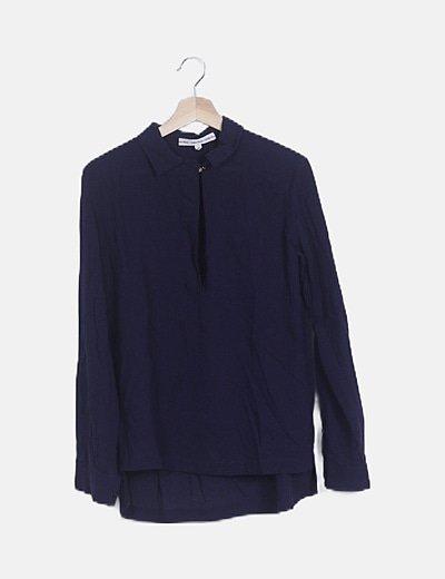 Blusa azul marina manga larga bolsillo