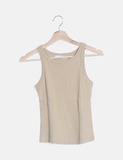 Camiseta nude beige basic