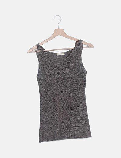 Camiseta punto calado detalle hombro