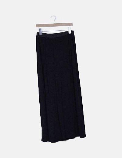 Falda fluida negra detalle cintura
