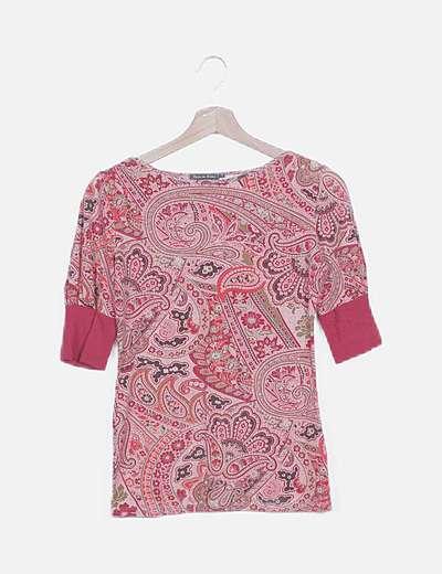 Camiseta rosa estampado combinado