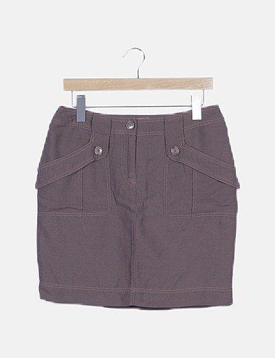 Mini falda marrón con bolsillos