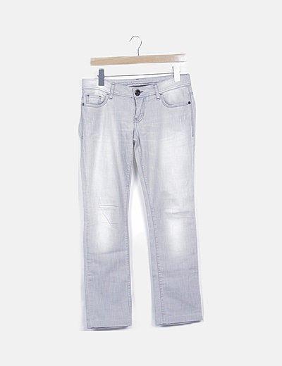Jeans gris detalle strass