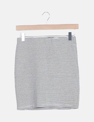 Falda blanca raya