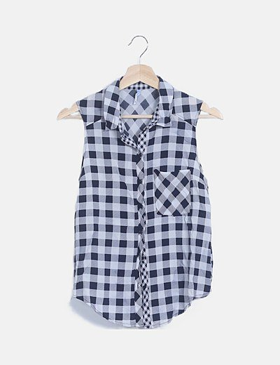 Camisa blanca cuadro azul
