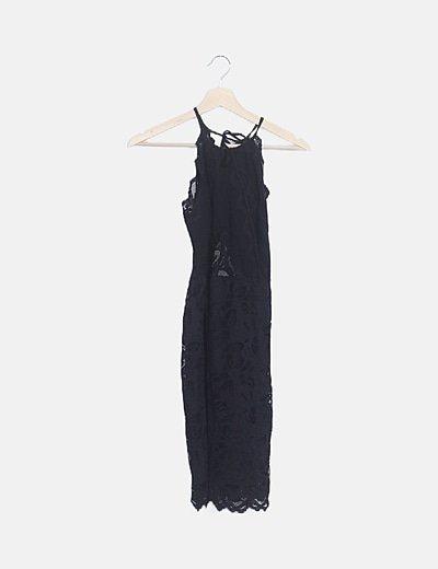 Vestido halter negro encaje
