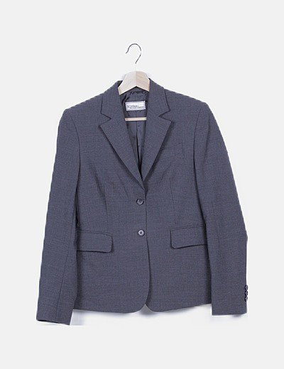 Americana gris con bolsillos
