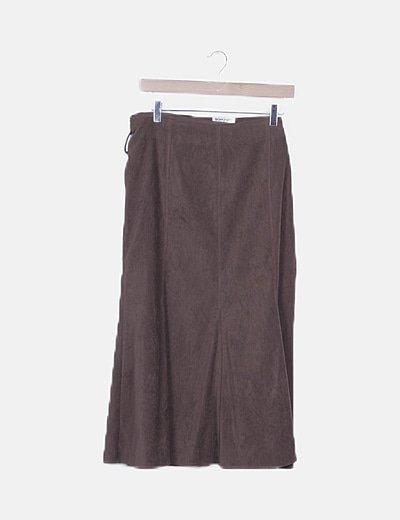 Falda maxi marrón detalle cinturón