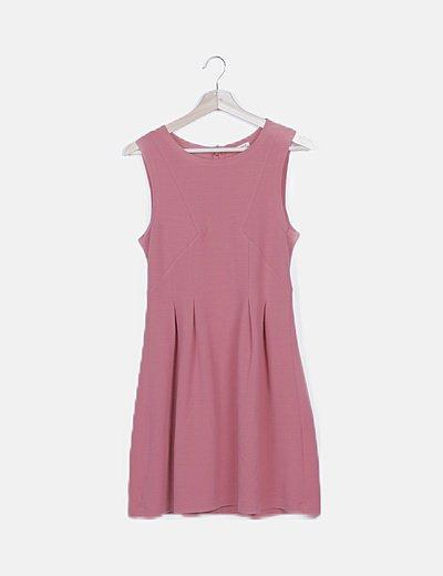 Vestido rosa texturizado sin manga