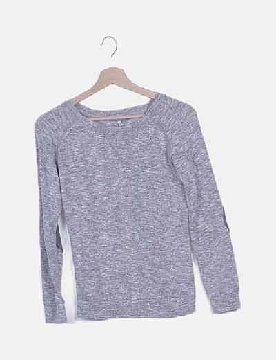 Camiseta gris jaspeada con coderas