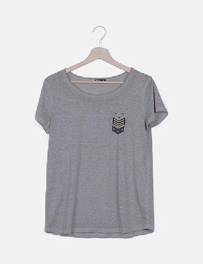 Camisetaverde jaspeada detalle patchwork y glitter