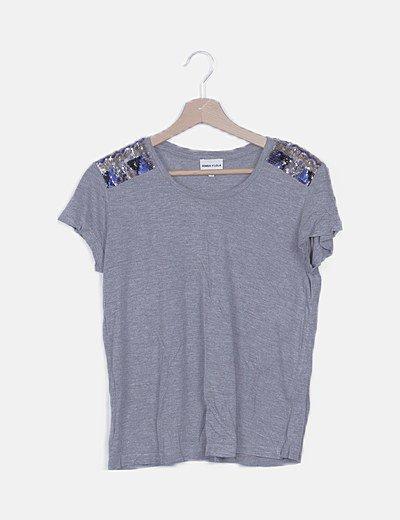 Camiseta gris detalle paillettes multicolor