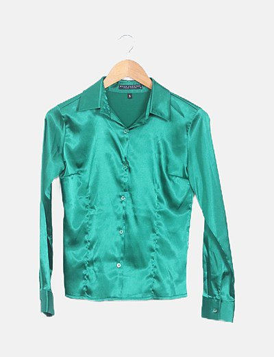 Camisa verde manga larga entallada