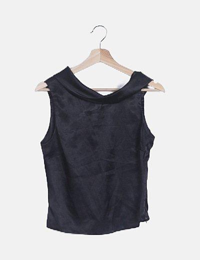 Camiseta satinada negra
