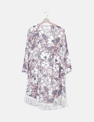 Kimono rosa floral con flecos