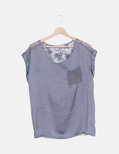 Camiseta fluida satinada gris