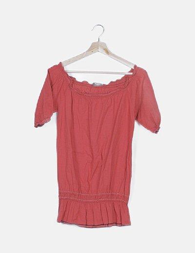 Blusa roja peplum escote bardot