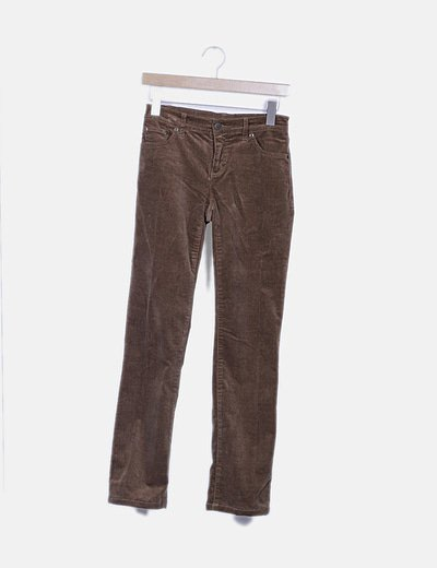 Pantalón marrón de pana